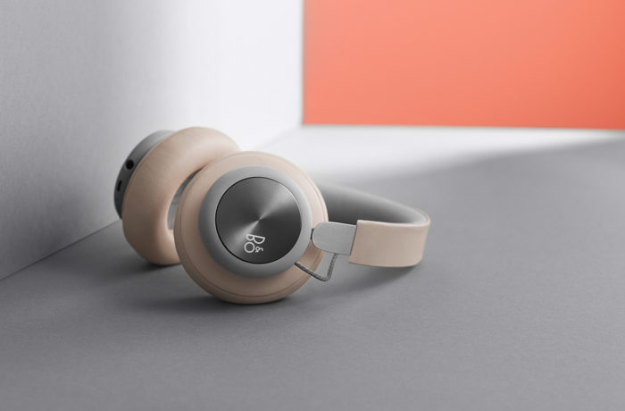 BeoPlay H4 Sand Grey
