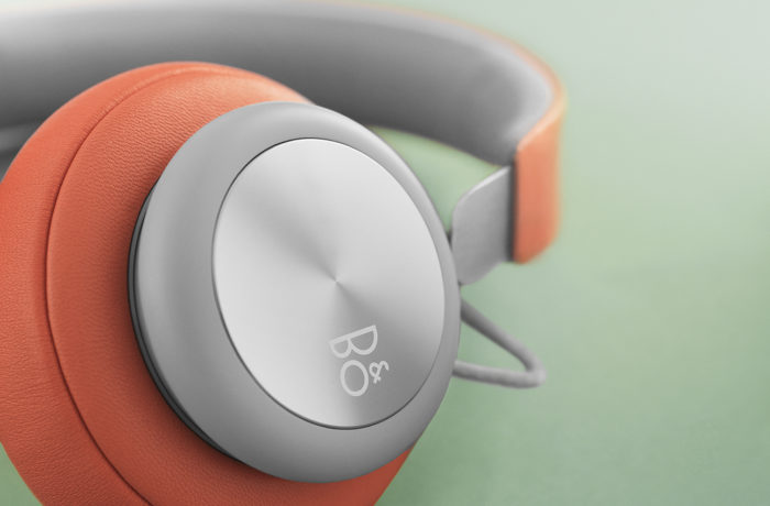 BeoPlay H4 Tangerine Grey